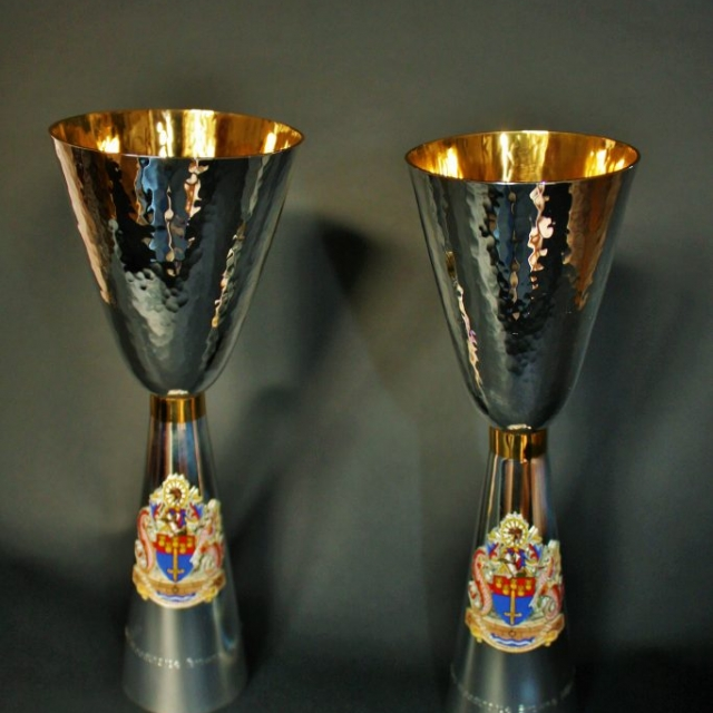 The Worshipful Company of Wold Traders Wine Goblets Abigail J Marsh